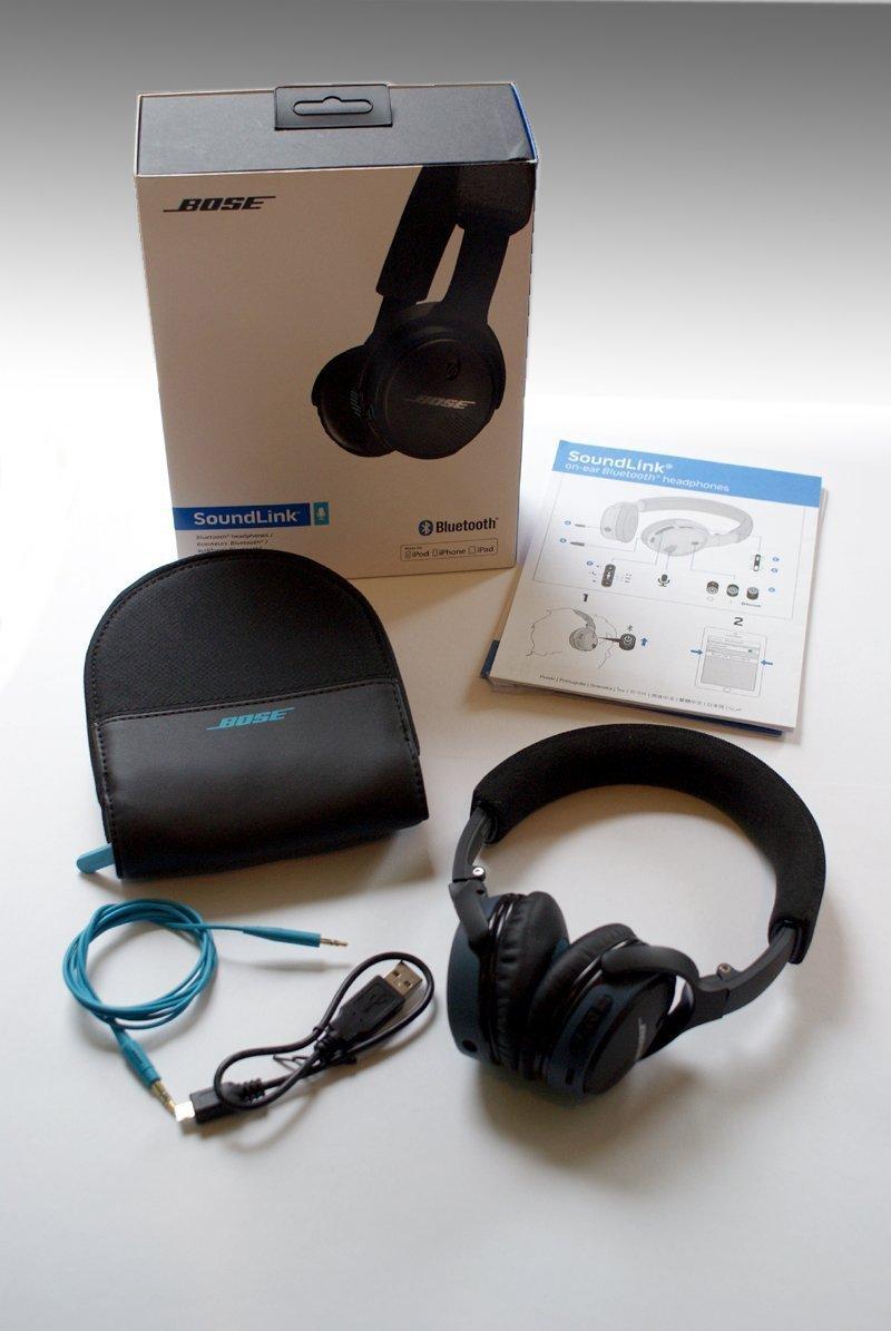 Bose Soundlink on-ear Bluetooth-Kopfhoerer Lieferumfang