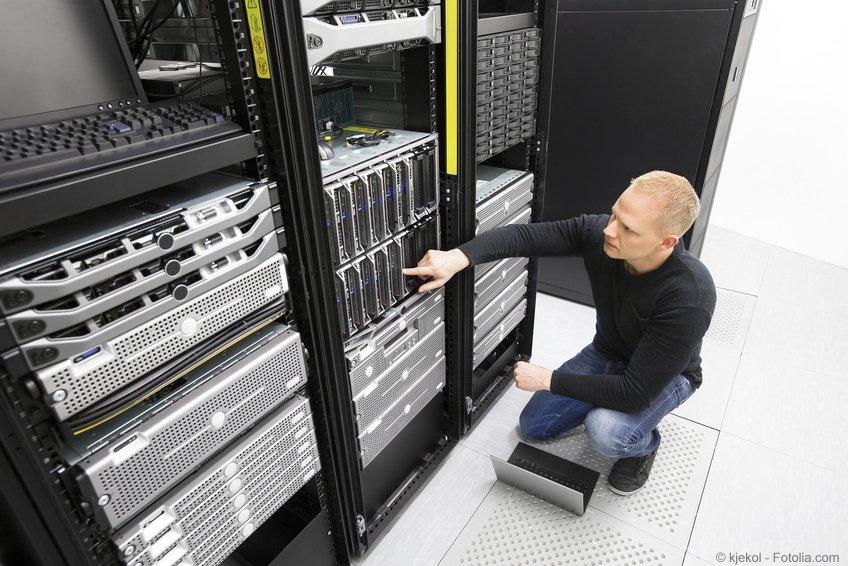 Netzwerkschränke Zubehör Einbau und Wartung