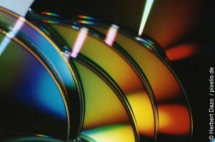 Wie hoch ist die Lebensdauer von CD- und DVD-Rohlingen?
