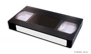 VHS-Kassetten rechtzeitig auf DVD überspielen